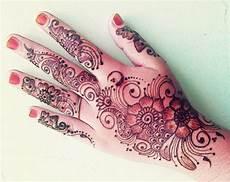 Menakjubkan 30 Gambar Henna Tangan Bunga Sederhana