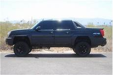 automotive repair manual 2004 chevrolet avalanche 2500 auto manual find used lifted 2004 chevy avalanche 2500hd 8 1l lifted chevy avalanche 2500 crew cab in