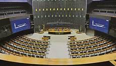 congresso prepara leis para regulamentar home office