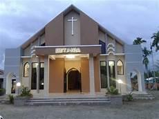 Gambar Pembangunan Gedung Gereja Katolik Mamasa Mulai