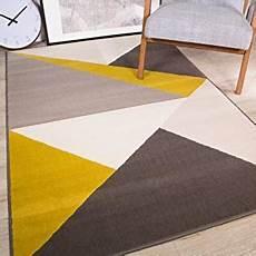fr tapis jaune