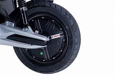 e striker 3000 w bosch elektro motorroller e scooter