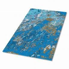 blauer teppich teppich blauer marmor