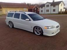 view of volvo v70 d5 photos features and tuning