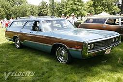 1970 Chrysler Town & Country Information