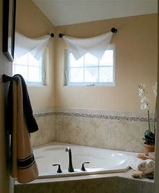 Bad Gardinen Ideen - 10 modern bathroom window curtains ideas 187 inoutinterior