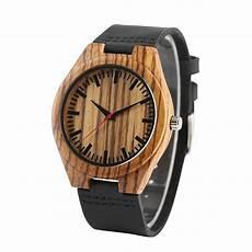 montre en bois homme montre bois homme la t 234 tue bracelet cuir wood mood