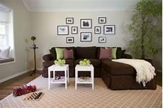 welche wandfarbe passt zu braunen möbeln braunes sofa ein quot must quot zu hause
