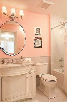 Zillow Bathroom Ideas by Traditional Bathroom Found On Zillow Digs House