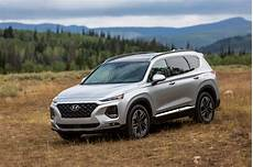2019 hyundai santa fe earns top marks in crash tests