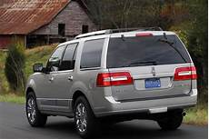 how does cars work 2011 lincoln navigator electronic valve timing lincoln navigator 2006 2007 2008 2009 2010 2011 2012 2013 2014 autoevolution