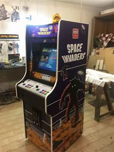 cabinato da bar videogame cabinato space invaders custom artwork nintendo