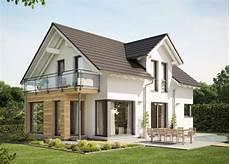 einfamilienhaus sideboard fuer einfamilienhaus mit satteldach zwerchgiebel wintergarten