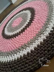 resultado de imagem de tapete circular em fio de malha rugs tapetes de pano