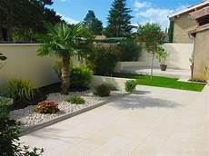 décoration de jardin idee jardin graviers galets decoratifs