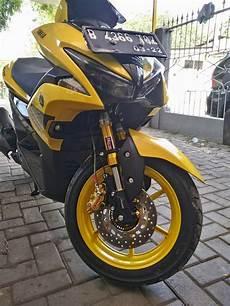 Modifikasi Aerox 155 Kuning by Modifikasi Yamaha Aerox 155 Vva Dengan 3 Komponen Berkelas