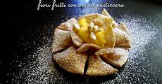 dosi crema pasticcera con 2 tuorli spelucchino fiori fritti con crema pasticcera