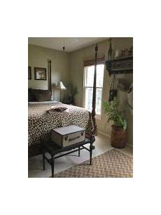 travel themed bedroom for seasoned treasured heirlooms through the generations