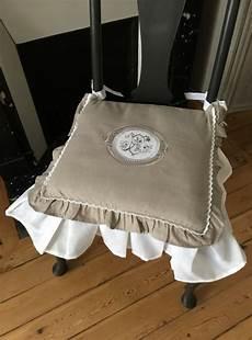 maison du monde coussin de chaise coussin de chaise frou frou gris le monde de
