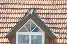 tarif refection toiture calculez le prix de r 233 novation d une toiture