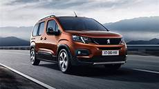 Peugeot Rifter 2018 - 2018 peugeot rifter mpv unveiled ahead of geneva motor