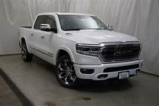 new 2020 ram 1500 limited crew cab in schaumburg 200041
