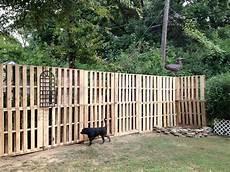 Pallet Fence Ideas Thehrtechnologist Build
