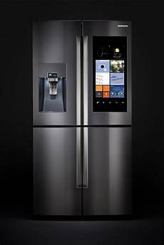 frigo a samsung s family hub refrigerator keeps tabs on your food