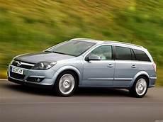 Fotos De Opel Astra Combi H 2004