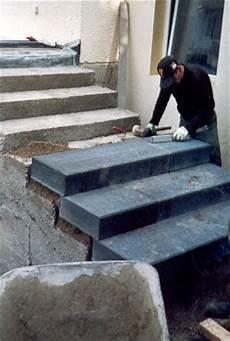 Blockstufen Beton Setzen - galabau azubis work