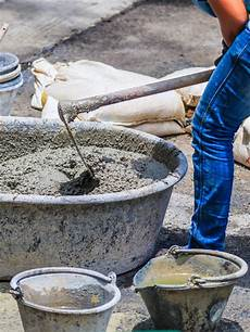 beton fertigmischung fundament mit dem streifenfundament frostfrei gr 252 nden tipps bauen de