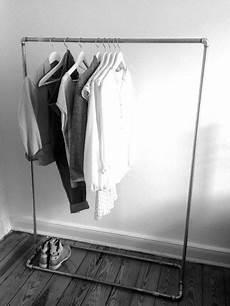 garderobe aus rohren selber bauen kleiderst 228 nder quot rohr quot creative auf dawanda