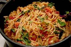 gerichte mit tomaten spaghetti tomaten feta pfanne hansolocg