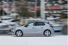 Essai Opel Corsa 1 2 Turbo 2019 Peugeot 208 Sors De