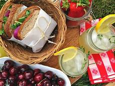 intrinsic entertaining picnic for two