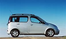 toyota yaris verso review 2000 2005 parkers