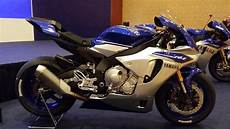 Modifikasi R25 by Prototype Modifikasi Yamaha R25 Ala Yamaha R1 Ini Jiaaaan