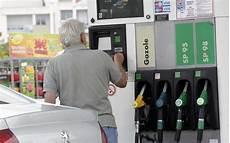 gazole moins cher carburants octobre a 233 t 233 le mois le moins cher de l 233 e