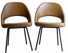 Pair Of Chairs Quot Conference Quot Eero Saarinen 60 Design