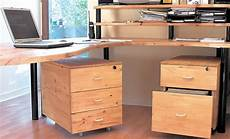 faire un bureau en bois comment fabriquer un bureau avec des caissons bricobistro