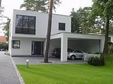Carport Am Haus Modern - r 252 ckansicht und carport h 228 user houses and interors