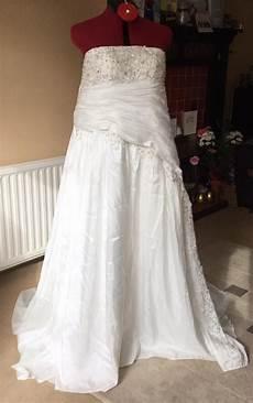donating wedding gowns donate a wedding dress uk