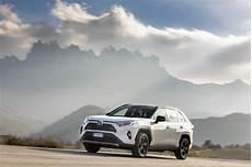 Essai Toyota Rav4 Hybride Notre Avis Sur Le Nouveau Suv
