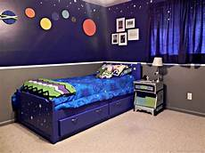 Space Themed Bedroom Ideas by A Space Bedroom Mad In Crafts