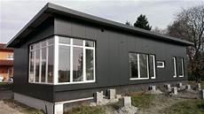 container häuser bauen wohncontainer hersteller kosteng 252 nstig 246 kologisch bauen