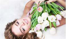 fiori per una donna festa della donna i fiori da regalare a tutte le donne
