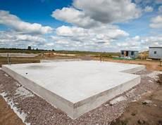die bodenplatte selbst betonieren auf den fundamentplan kommt es bodenplatte selber machen darauf ist bei der herstellung