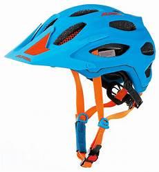 fahrradhelm herren test 18 enduro helme im t 220 v crash test freeride