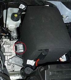Batterie01 Batterie Ausbauen Vw Golf 6 204145867