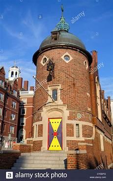 Boston Apartment Near Harvard by Boston Massachusetts Cambridge Bow Harvard Loon